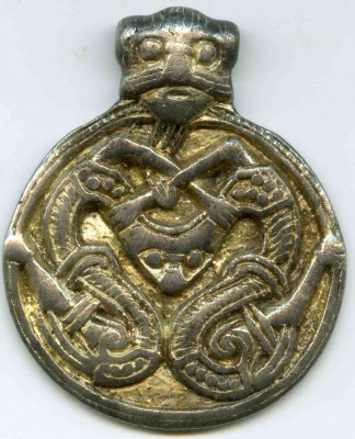 Vikingetids hængesmykke fundet af Leif Hartmann